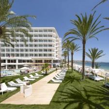 Zona Piscina Hotel Algarb